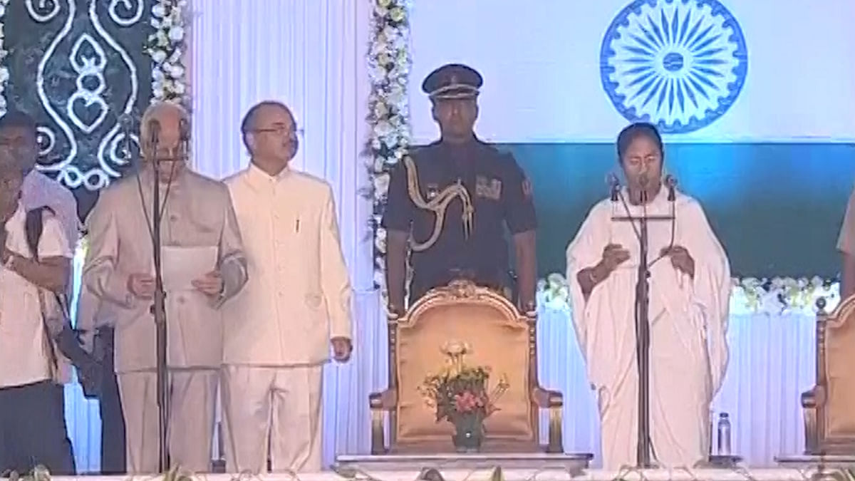 Mamata Banerjee Sworn In as CM of West Bengal for The Second Time