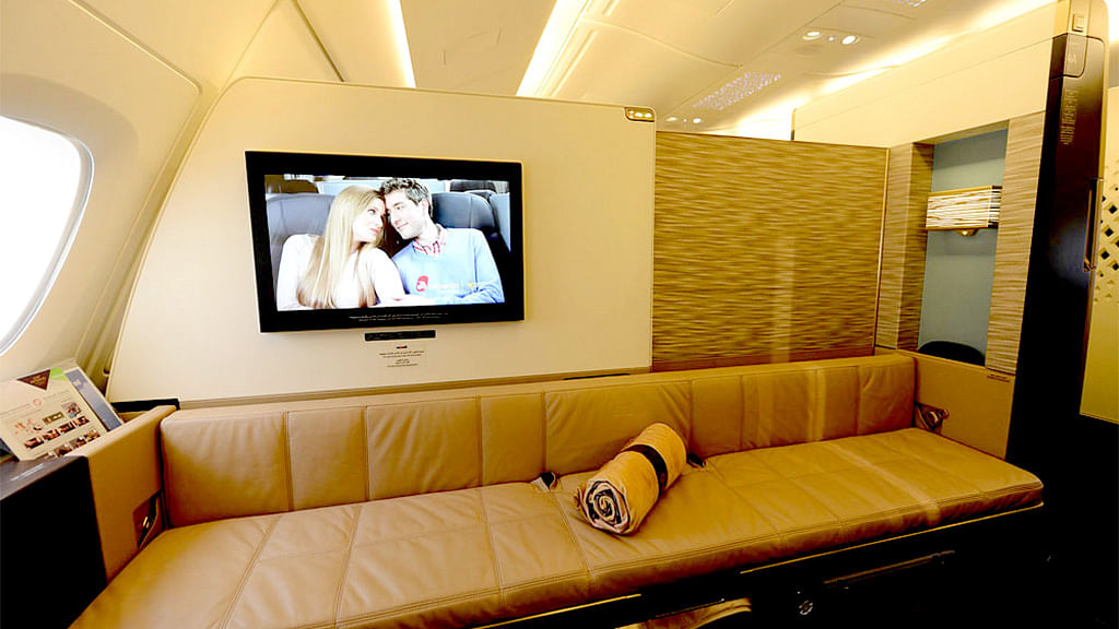 Travelling on the Etihad The Residence will cost you a bomb. (Photo: Etihad Airways)