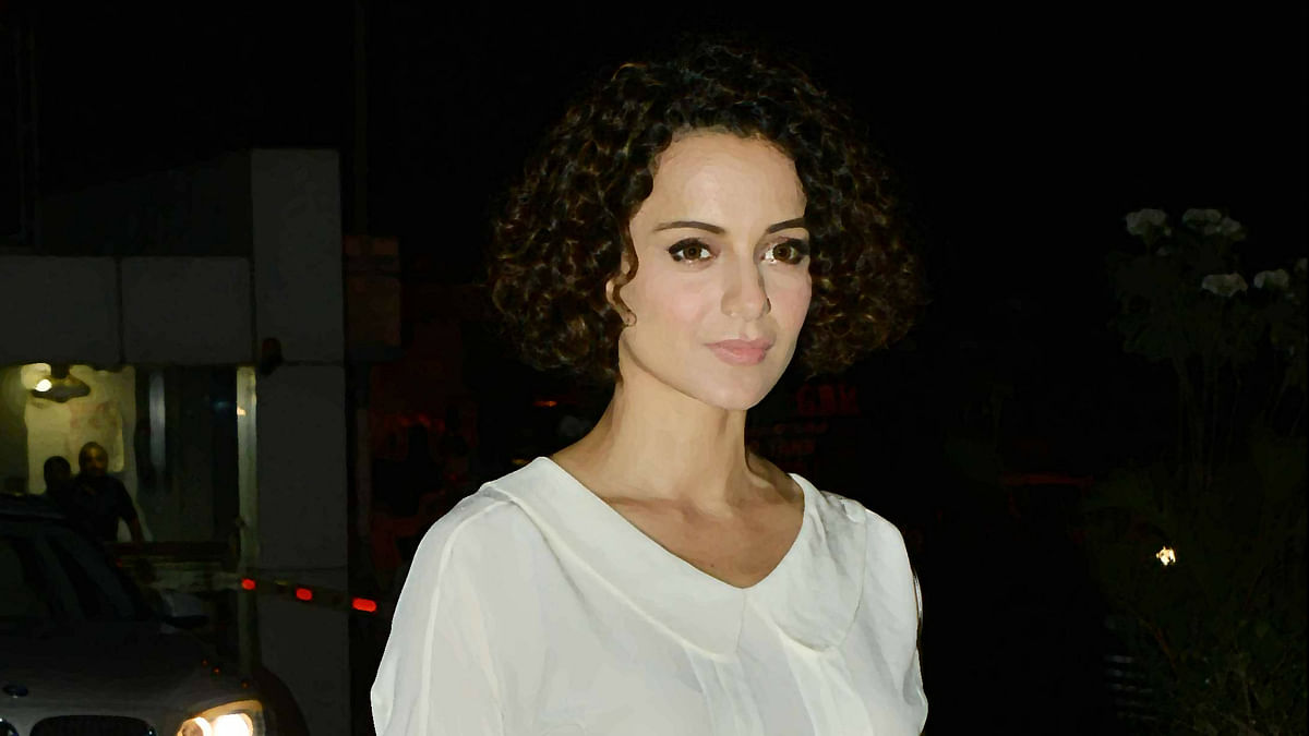 Kangana Ranaut makes us fall in love with her all over again. (Photo: Yogen Shah/Altered by <b>The Quint</b>)