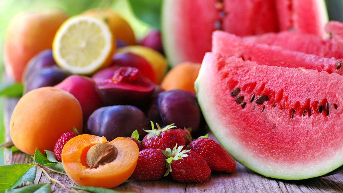 Should You Avoid Fruits While Dieting?