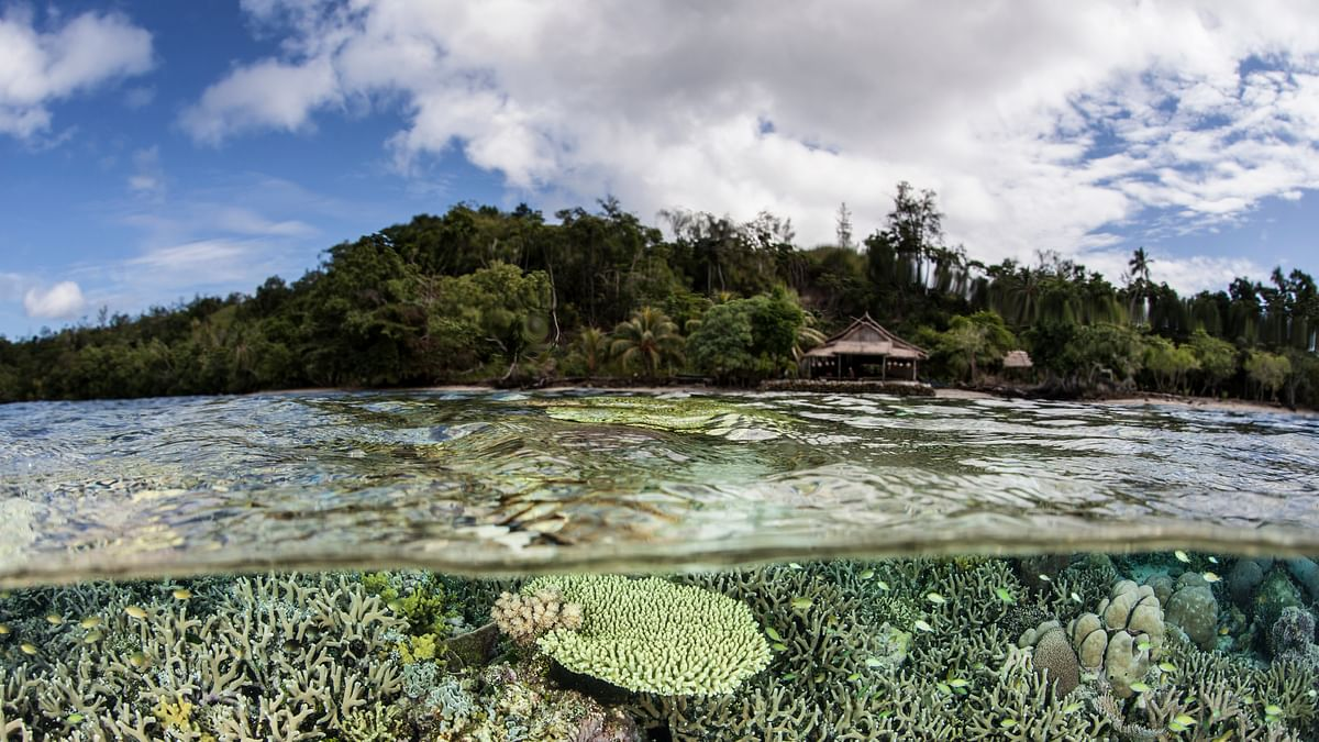 Islands in the Pacific are rapidly disappearing underwater. (Photo: iStockphoto)