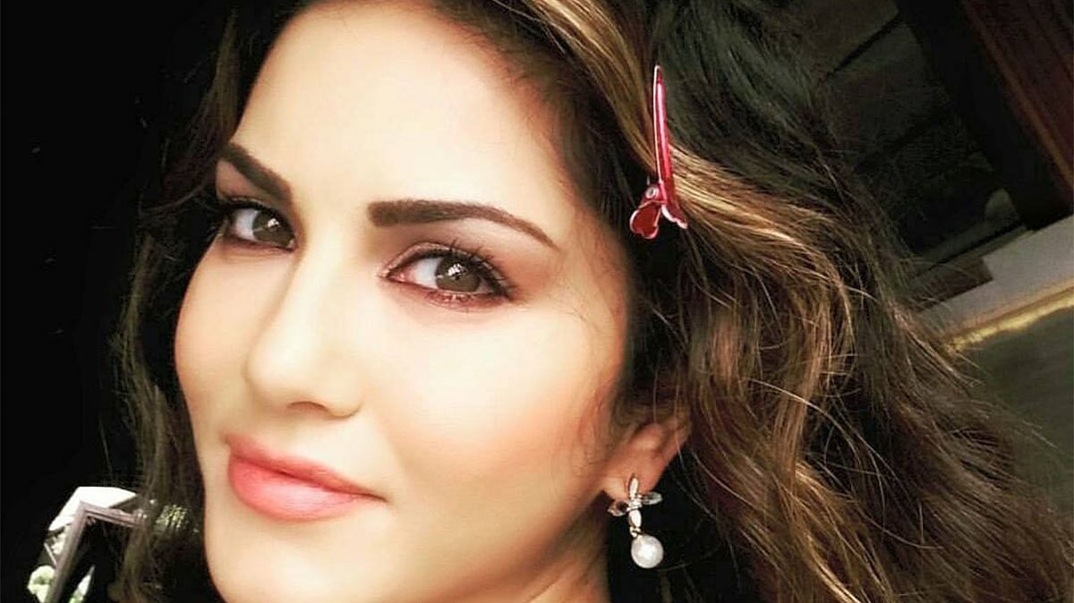 "The actress has spoken about her uncertain position in the industry. (Photo: Facebook/<a href=""https://www.facebook.com/sunnyleone/photos/pb.131218490419638.-2207520000.1462217711./463500493858101/?type=3&amp;theater"">Sunny Leone</a>)"