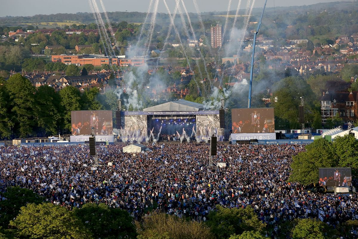 Leicester City fans gather to celebrate their team winning the English Premier League, in Victoria Park, Leicester, England. (Photo: AP)