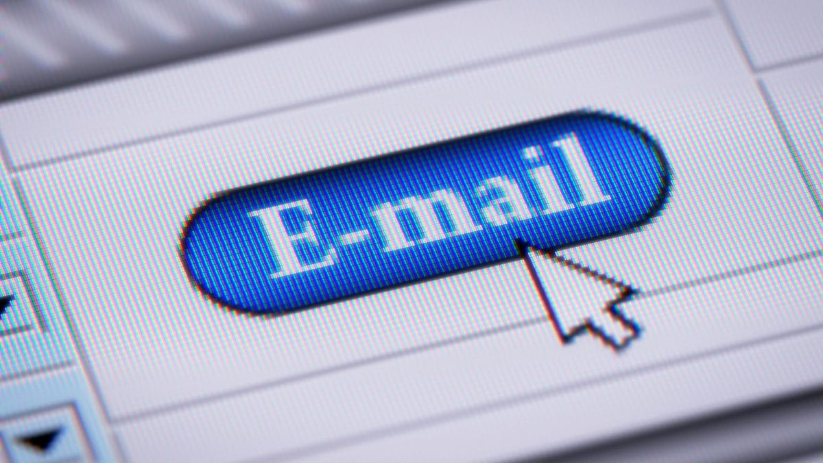 Make sure that you don't open attachments from unknown source. (Photo: iStockphoto)