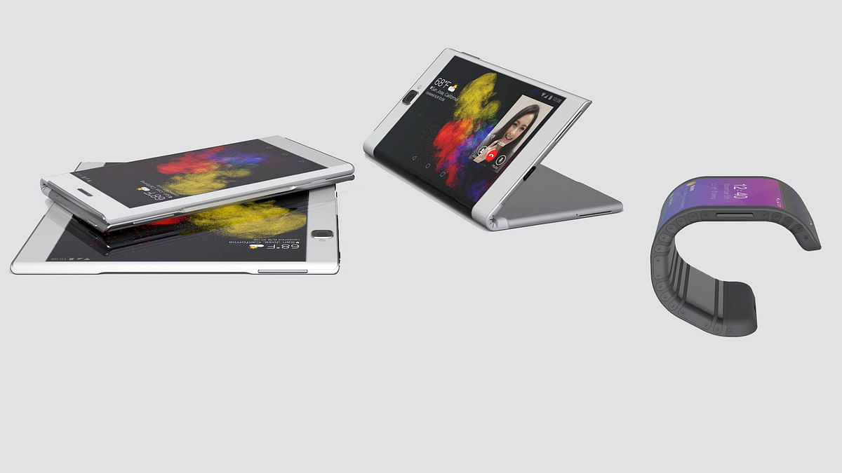 Lenovo's bendable smartphone is pretty neat. (Photo Courtesy: Lenovo)
