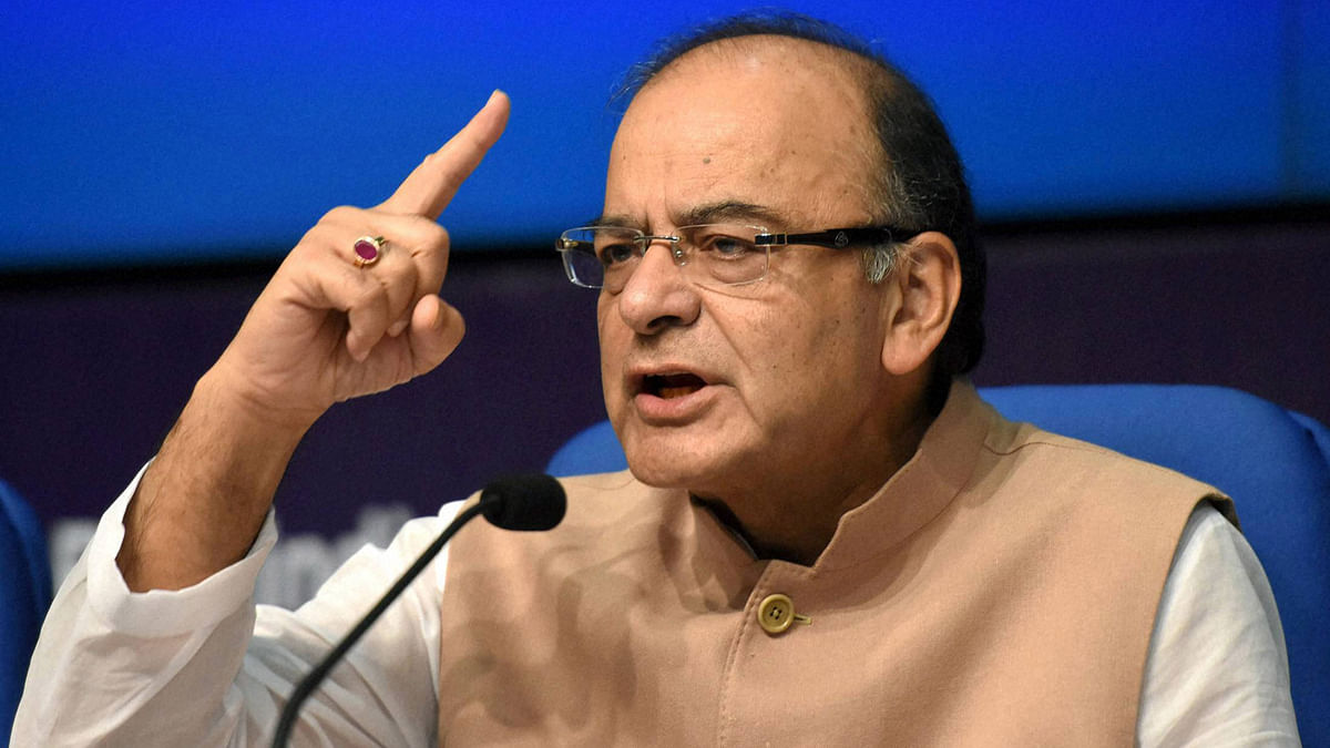 Union Finance Minister Arun Jaitley addresses a press conference regarding the Union Cabinets clearance of recommendations of the 7th Pay Commission (Photo: PTI)