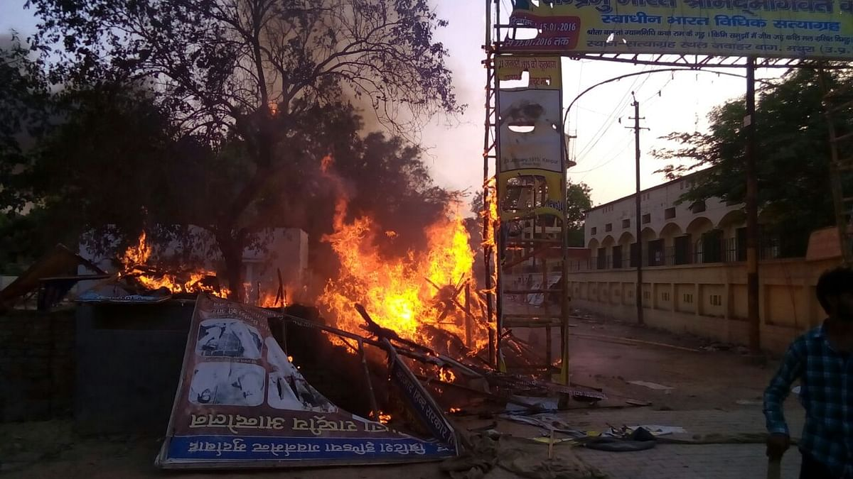 Twenty-nine people have died in the Mathura violence. (Photo: Brajesh Kumar)