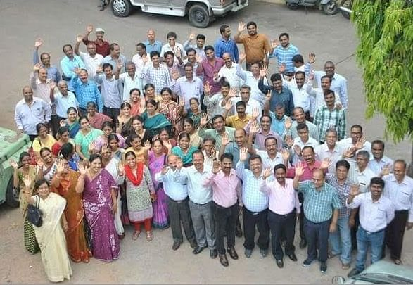 Andhra Government employees. (Photo Courtesy: <i>The News Minute</i>)
