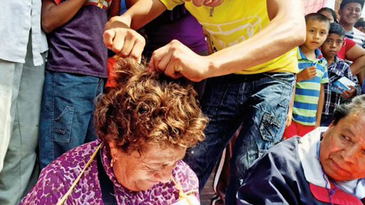Mexico: Teachers Tonsured For Defying Union Strike