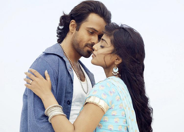 Emraan Hashmi and Shriya Saran in <i>Awaarapan</i>