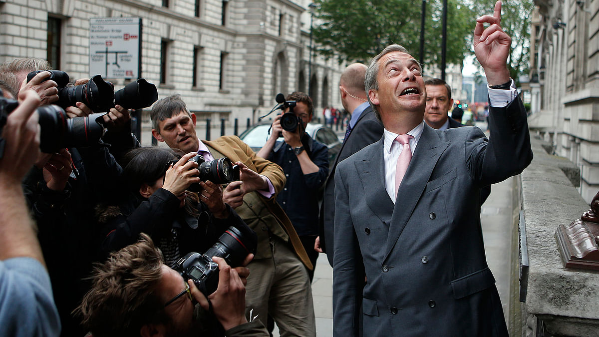 UK Independence Party (UKIP) party leader Nigel Farage is confronted by the media before he addresses media and party members during a speech focusing on the upcoming EU referendum in London. Farage is a leading campaigner advocating Britain to cut its ties with the rest of Europe, known by the nom de guerre 'Brexit'. (Photo: AP)