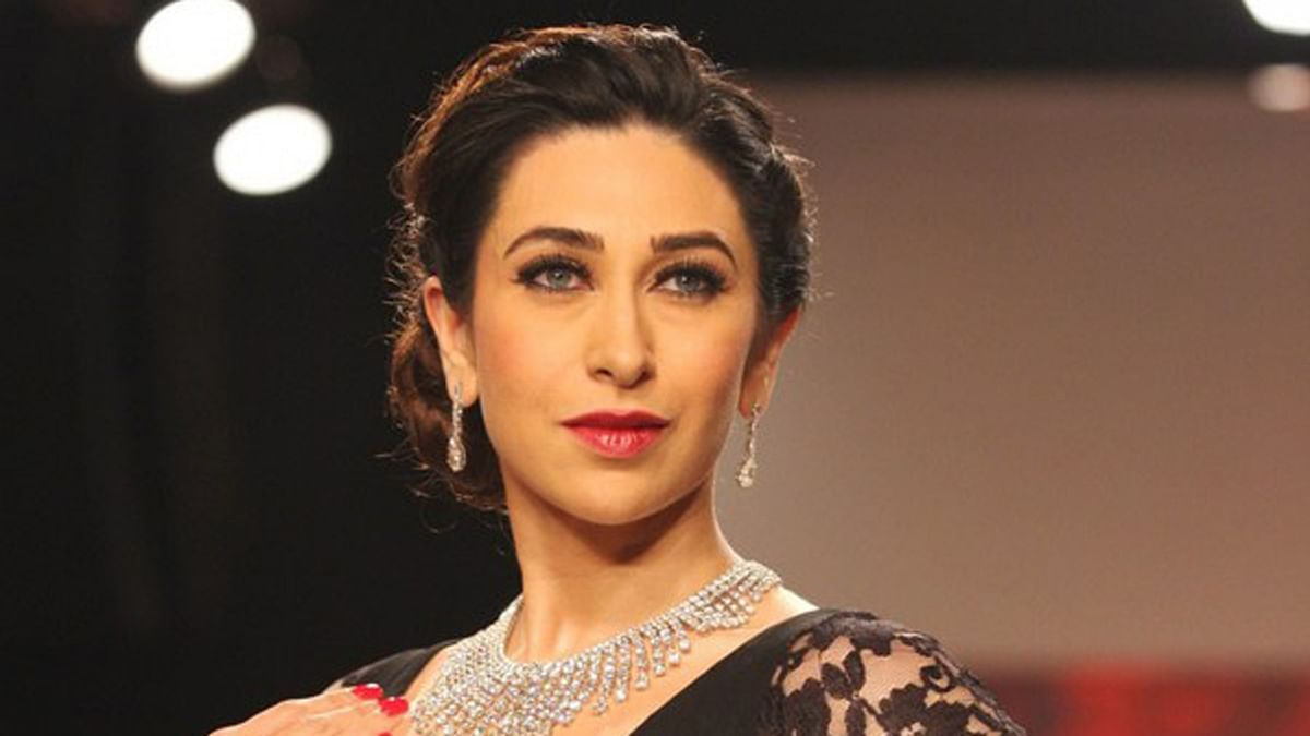 "Karisma KApoor, come back to films already! (Photo courtesy: <a href=""https://twitter.com/KarismaKapoor/status/365363053300162560"">Twitter/@KarismaKapoor</a>)"