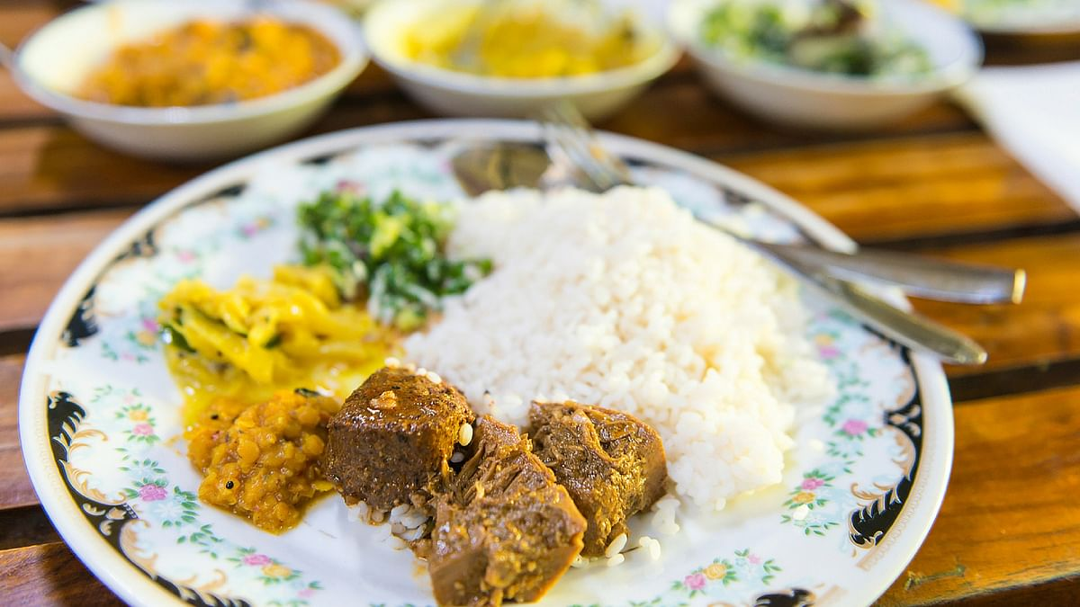 Polos served with rice and dhal curry (Photo: iStockphoto)