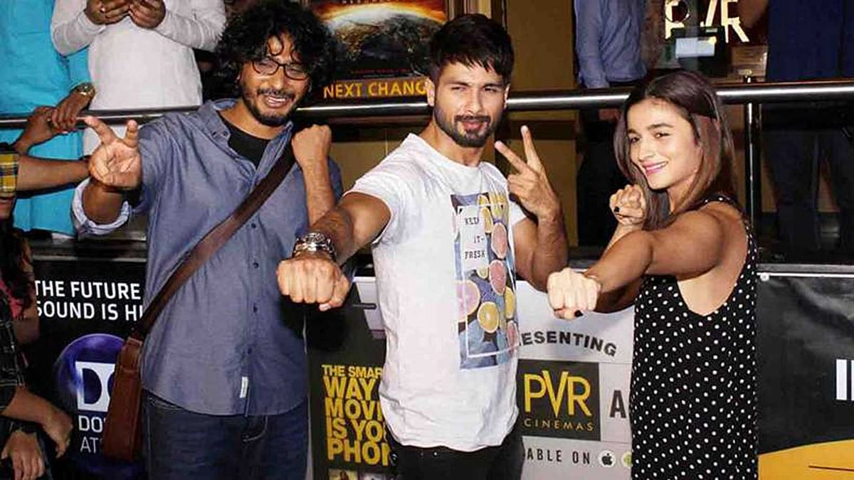 <i>Udta Punjab</i> director Abhishek Chaubey poses with Shahid Kapoor and Alia Bhatt at a promotional event for the film (Photo: Yogen Shah)