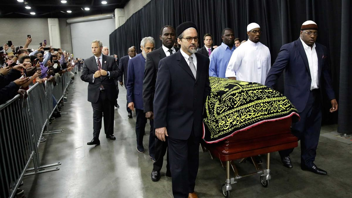 Muhammad Ali's casket arrives for his <i>Jenazah</i>, a traditional Islamic service, in Freedom Hall, Thursday, June 9, 2016. (Photo: AP)