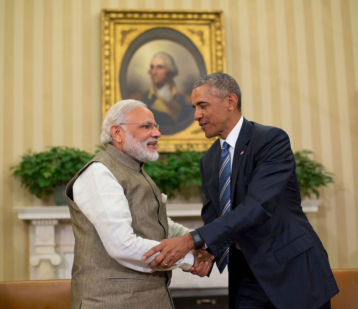 US President Barack Obama and Prime Minister Narendra Modi shake hands before their meeting in the Oval Office of the White House in Washington. (Photo: AP)