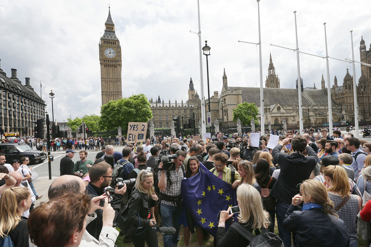 Demonstrators opposing Britain's exit from the European Union in Parliament Square.(Photo: AP)