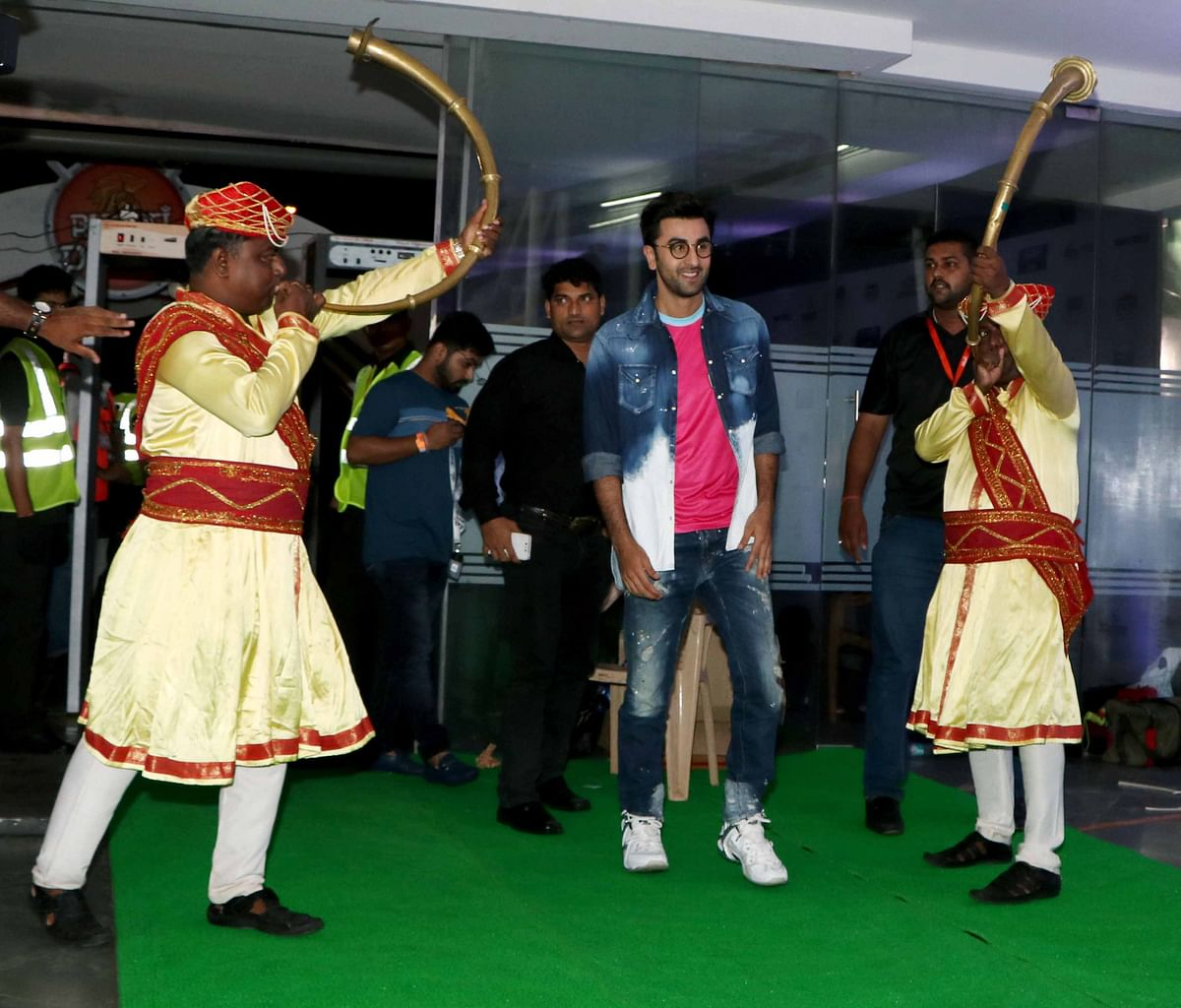 Ranbir skips IIFA and here is what he is upto. (Photo: Yogen Shah)