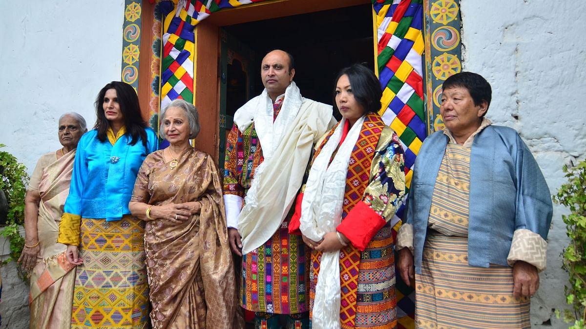 (From left) Kashvi beside mother Waheeda Rehman, Sohail Rekhy, Dechhen Pelden, and Dechhen's mother, Mama Pelden (Photo courtesy: Bhawana Somaaya)