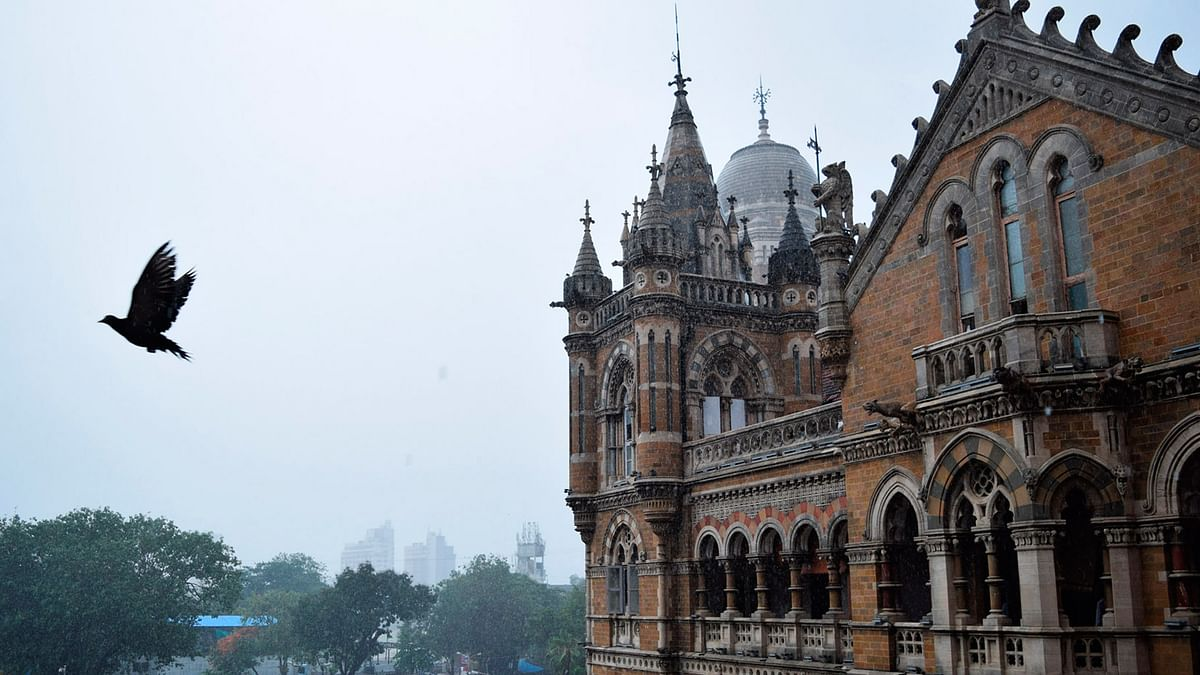 """<div class=""""paragraphs""""><p>Mumbai Rains: Light to Moderate rainfall expected in city and suburbs,</p></div>"""