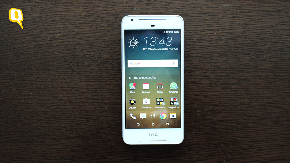 The HTC Desire 628 comes with 'BoomSound' Technology. (Photo: <b>The Quint</b>)