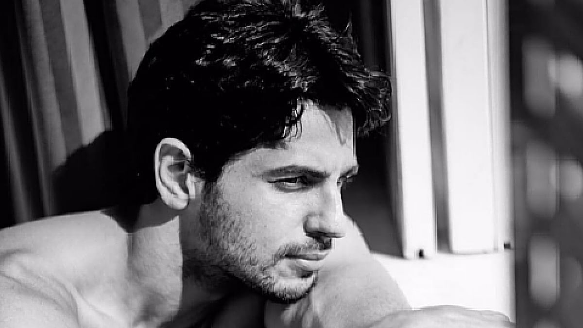 """Sidharth Malhotra says he is a shy person (Photo courtesy: Instagram/<a href=""""https://www.instagram.com/s1dofficial/?hl=en"""">s1official</a>)"""