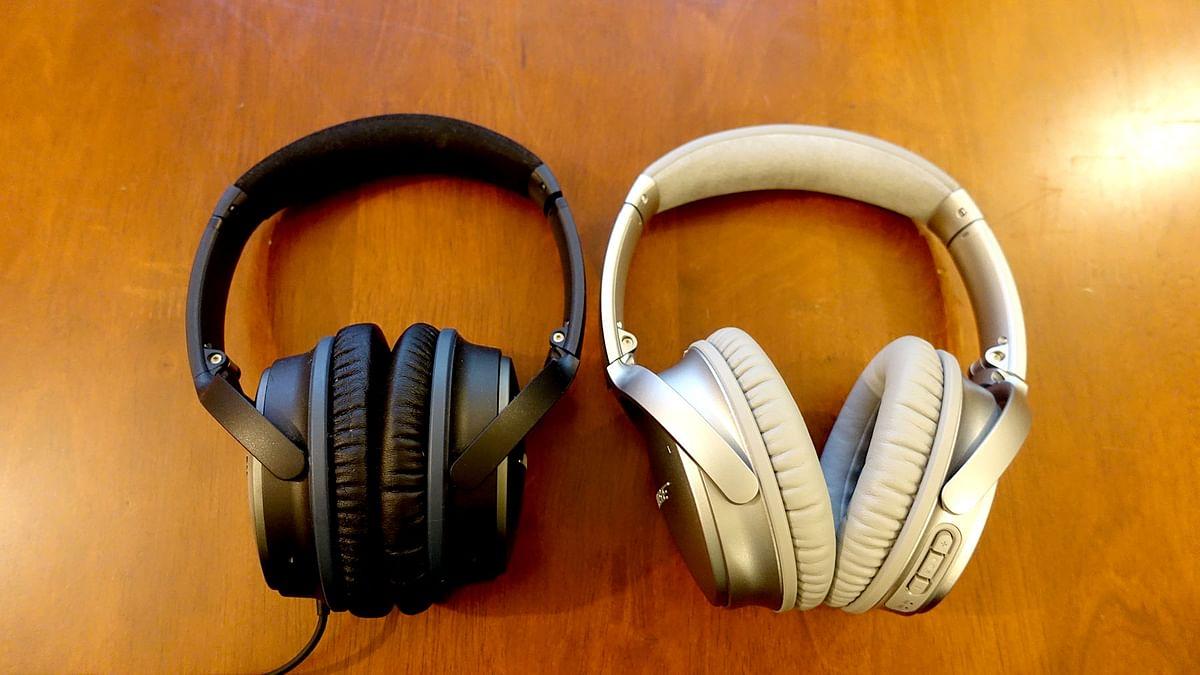 "Bose QC25 and the Bose QC35 - little to tell them apart. (Photo: <b>The Quint</b>/<a href=""https://twitter.com/2shar"">@2shar</a>)"