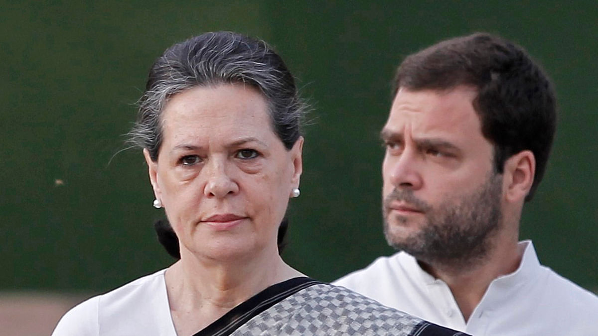 Sonia Gandhi with her son, Rahul Gandhi (Photo: Reuters)