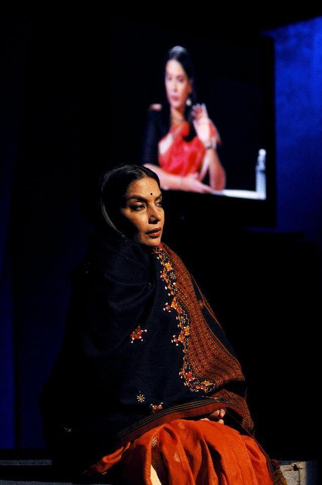 "Shabana Azmi performing on stage for <i>Broken Images. </i>(Photo Courtesy: <a href=""https://www.facebook.com/RaellPadamseesACE/"">Facebook/RaellPadamsee'sACE</a>)"