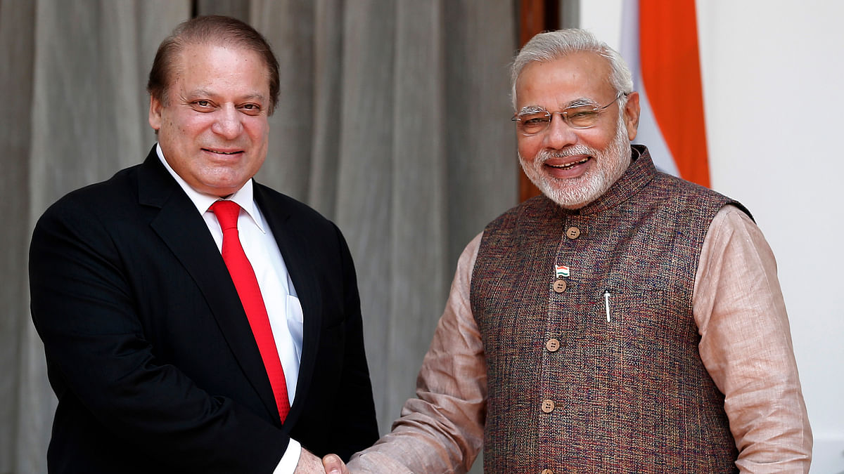 Prime Minister Narendra Modi with his Pakistani counterpart Nawaz Sharif in New Delhi. (Photo: Reuters)