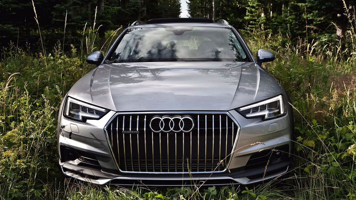 """Audi has completely redone the 1994 version of the entry-level luxury sedan. (Photo: Twitter/<a href=""""https://twitter.com/auditography/status/748872735573549056"""">Auditography</a>)"""