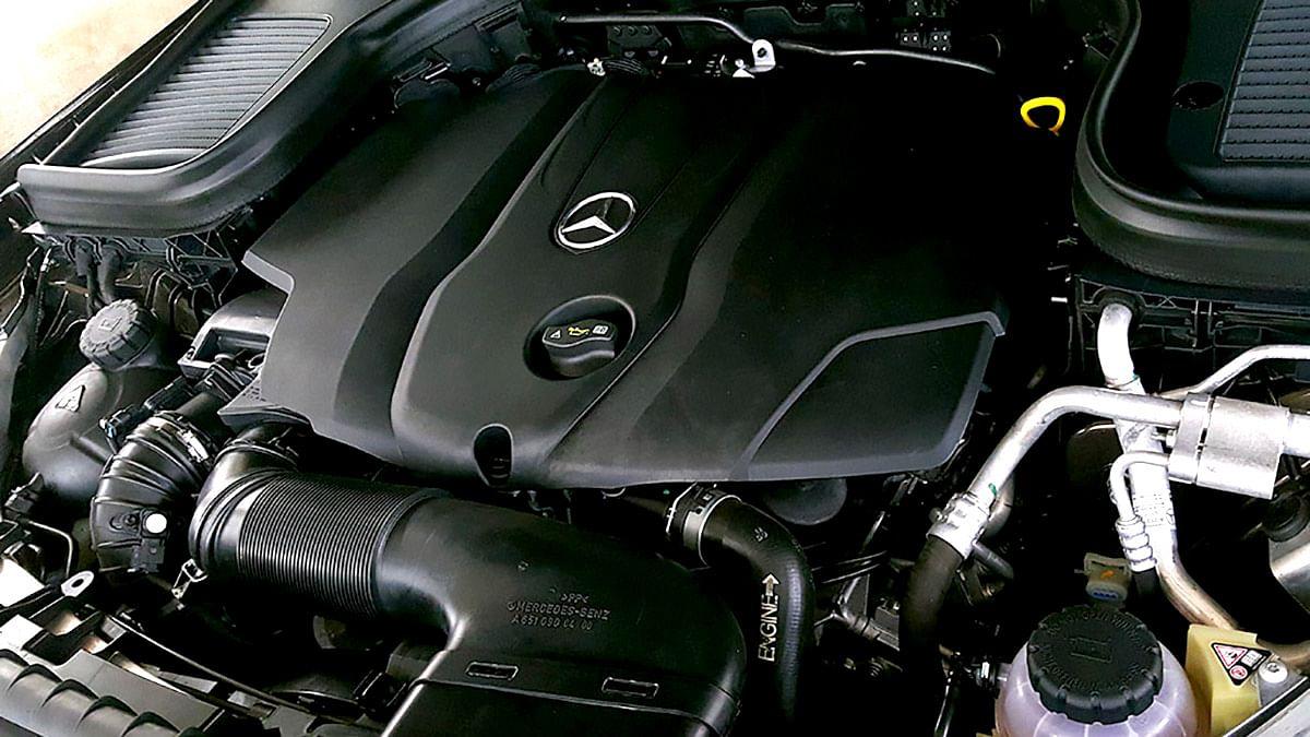 The 2.2-litre engine powering the Mercedes-Benz GLC 220d. (Photo: Motorscribes)