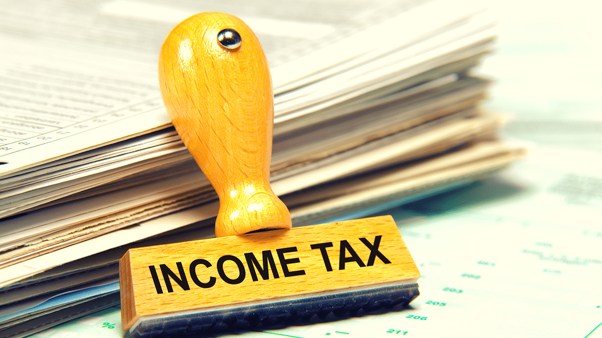 QBiz: I-T Filings Set Record; GST Collection Slips Below Rs 1 L Cr