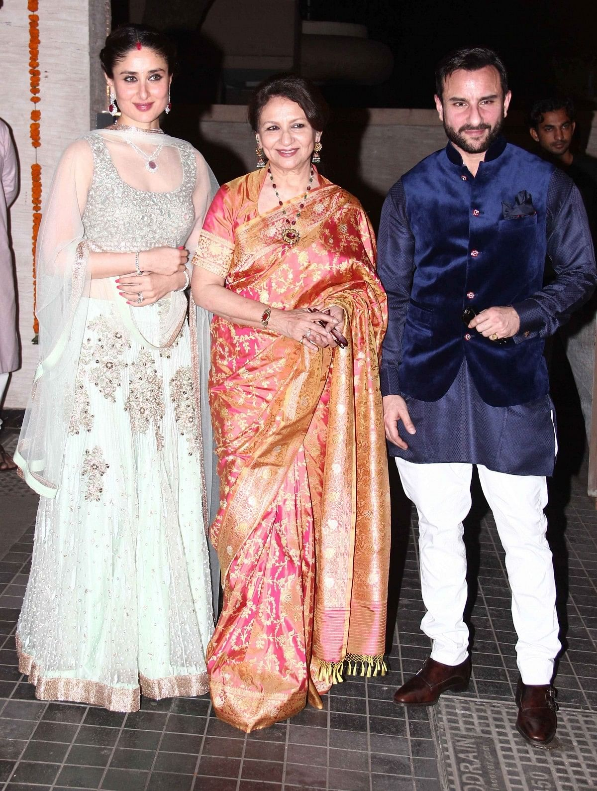Kareena Kapoor Khan with her mother in law Sharmila Tagore and husband Saif Ali Khan (Photo: Yogen Shah)