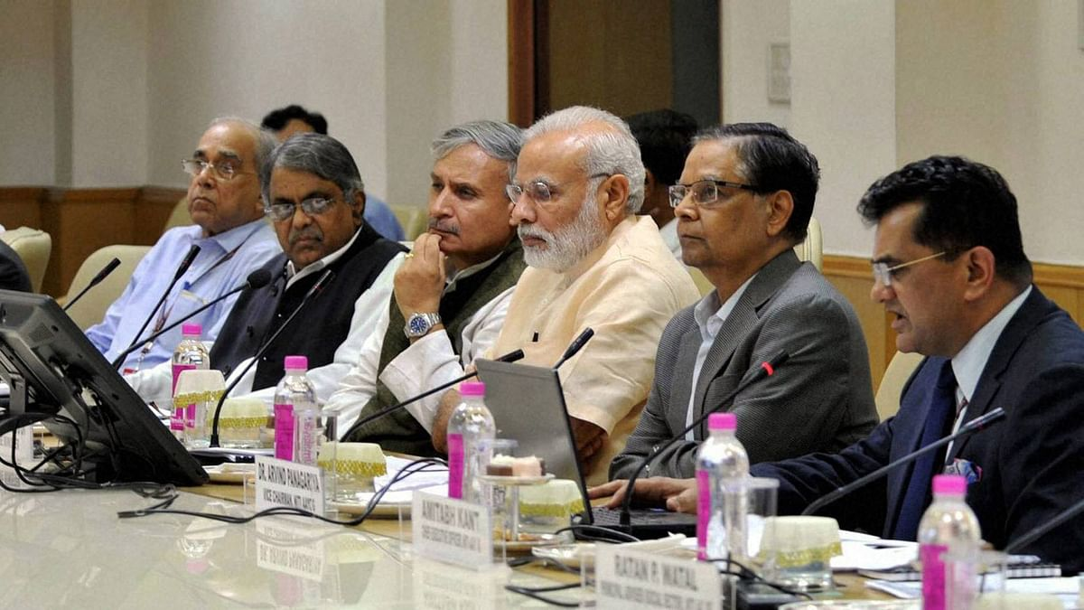Prime Minister Narendra Modi chairing the NITI Aayog meeting on 15-year vision document, in New Delhi on Thursday, 28 July 2016. (Photo: PTI)