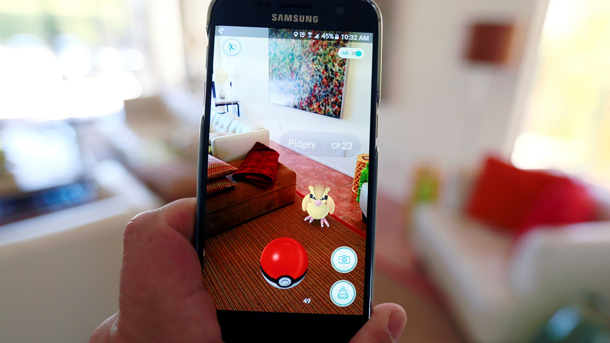 Now everyone can become a Pokémon master by playing this game. (Photo: Reuters)