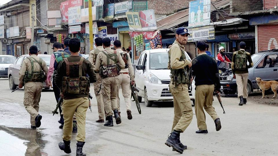 Security personnel in Kashmir. (Photo: PTI)