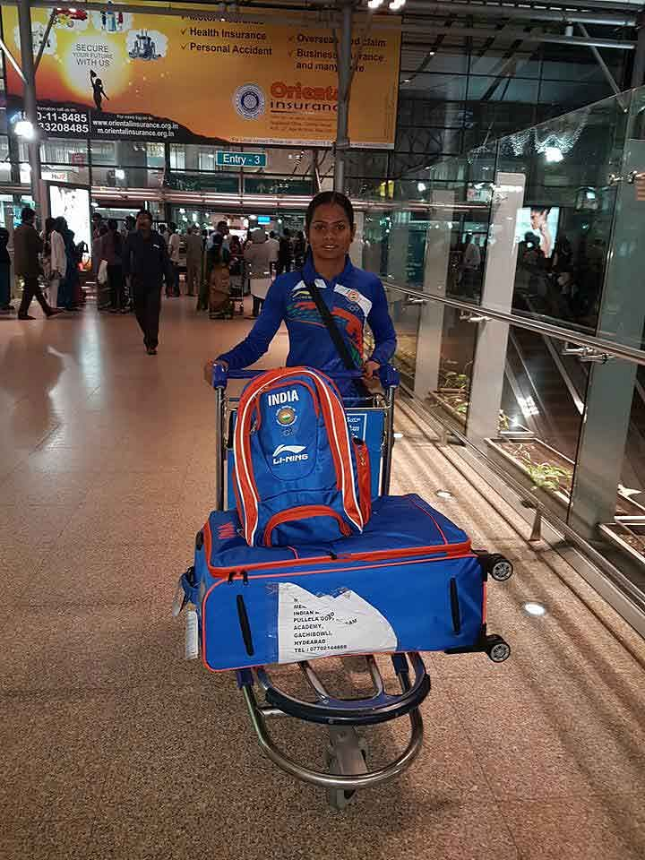 """While the officials booked themselves on business class seats, Dutee was forced to travel in economy class. (Photo Courtesy: <a href=""""https://www.facebook.com/photo.php?fbid=224279741302710&amp;set=a.111735559223796.1073741828.100011620567117&amp;type=3&amp;theater"""">Facebook/Dutee Chand</a>)"""