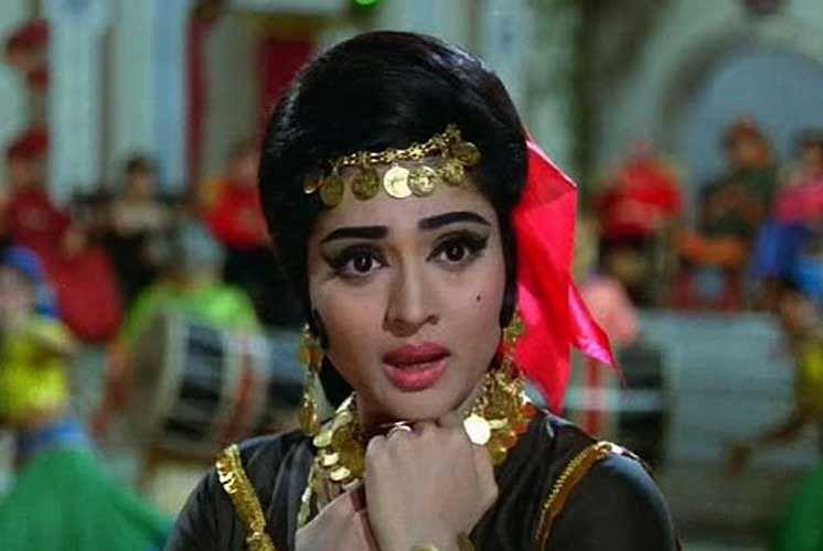 Vyjayanthmala in <i>Jewel Thief</i>.&nbsp;