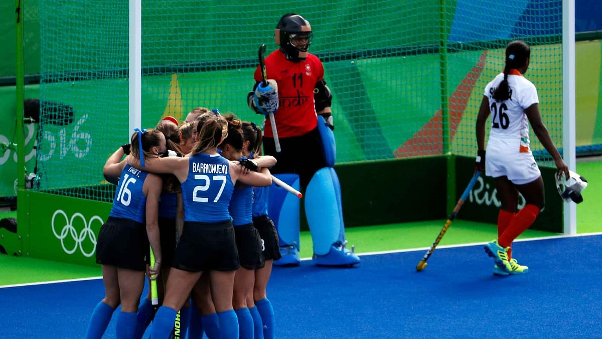 Players of Argentina celebrate after scoring against India during a women's field hockey match at the 2016 Summer Olympics in Rio de Janeiro. (Photo: AP)