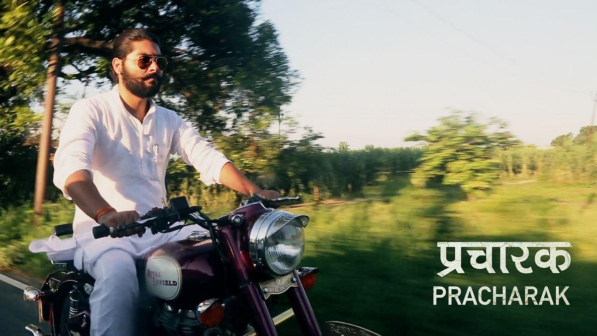 Vivek Premi riding his Royal Enfield Bullet 350 in Shamli, UP. (Photo Credit: <b>The Quint</b>)