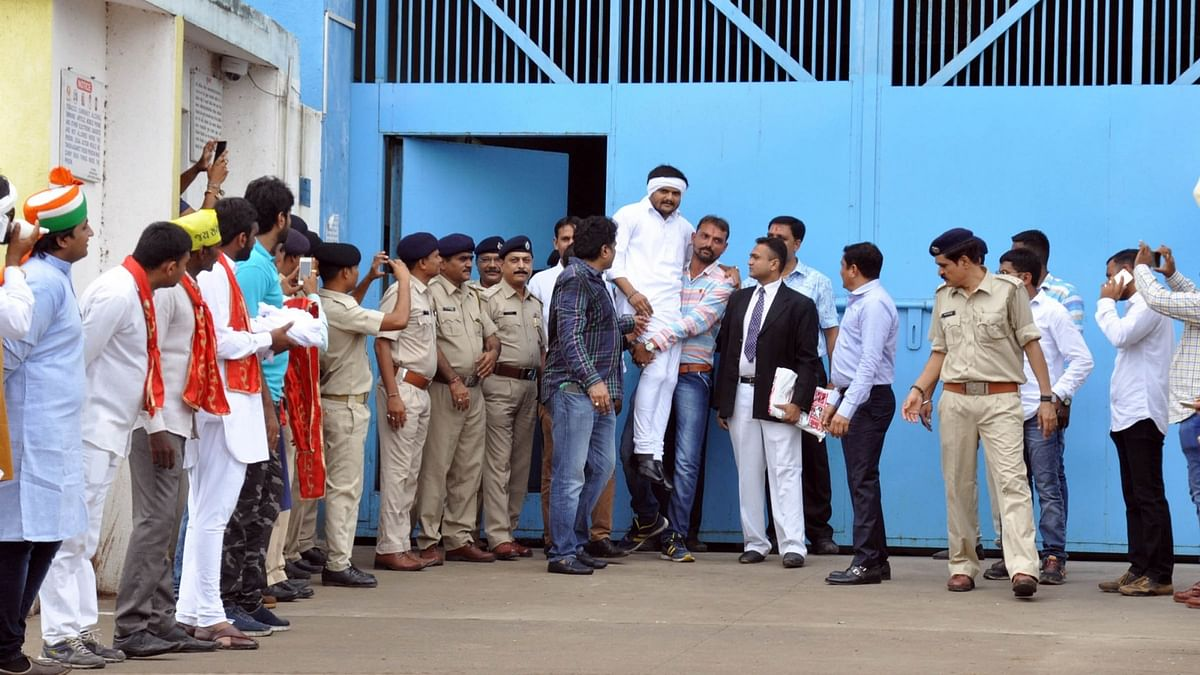Patidar Anamat Sanghursh Samiti   leader Hardik Patel on being  released from Lajpore Central Jail being welcomed by his followers in Surat on  15 July 2016. (Photo: IANS)