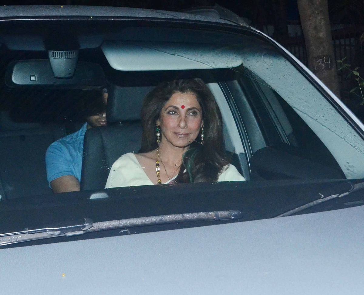 Dimple Kapadia arrives for the party. (Photo: Yogen Shah)