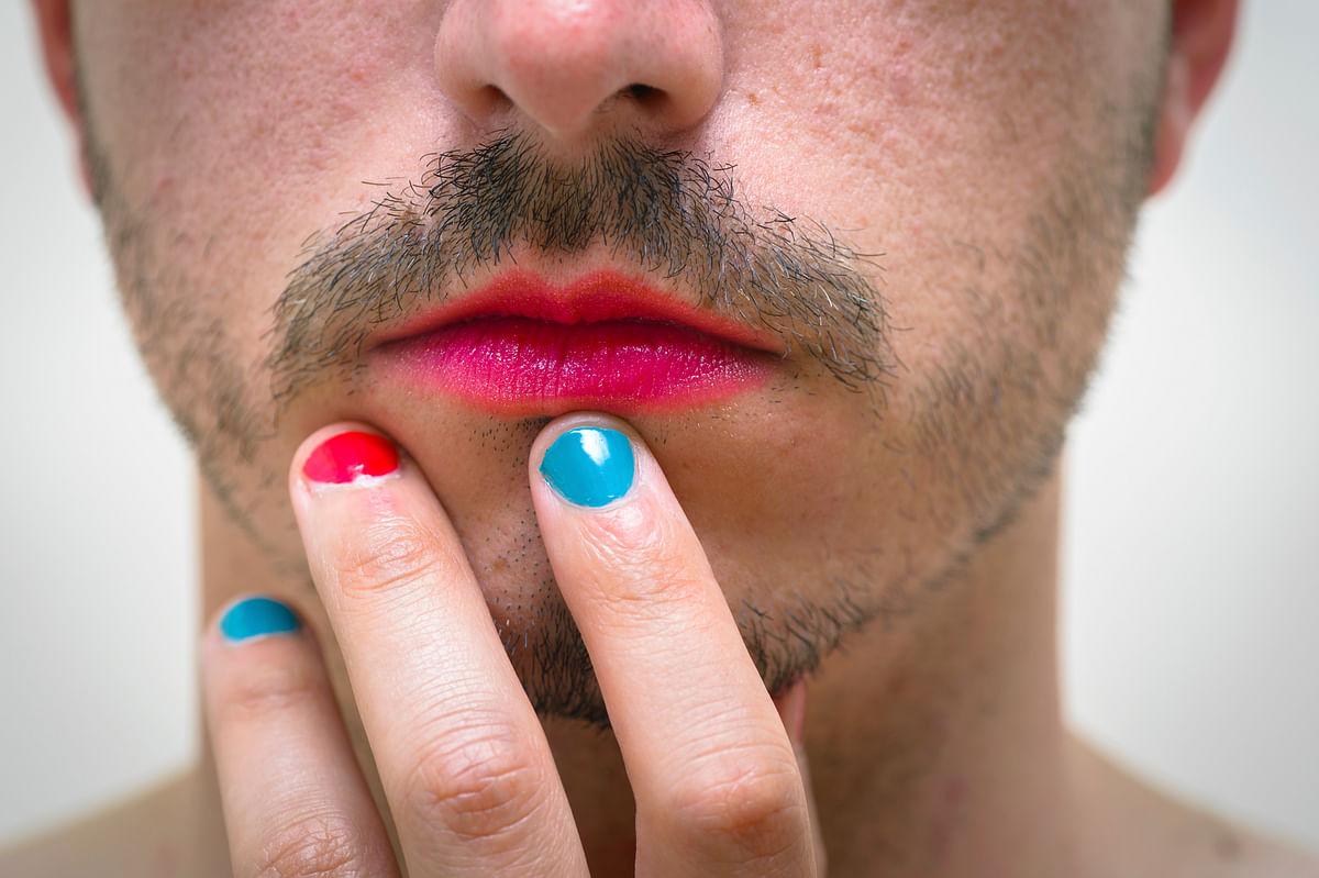 Am I a cross-dresser, homosexual or transgender? (Photo: iStock)