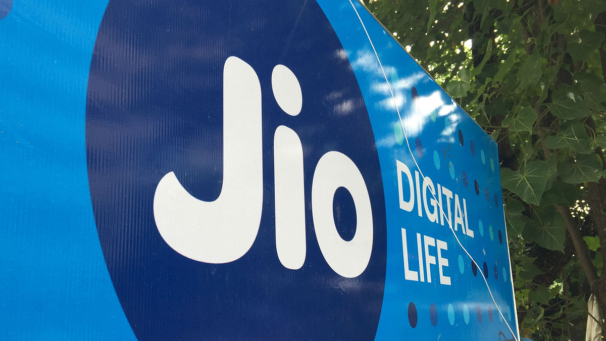 Reliance Jio 4G has over 300 million users on its network.
