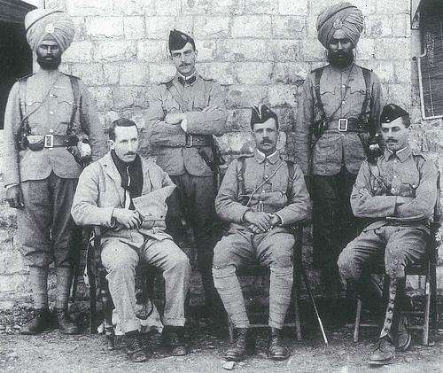 Two soldiers of the 36th Regiment with defenders of the Fort Gulistan.