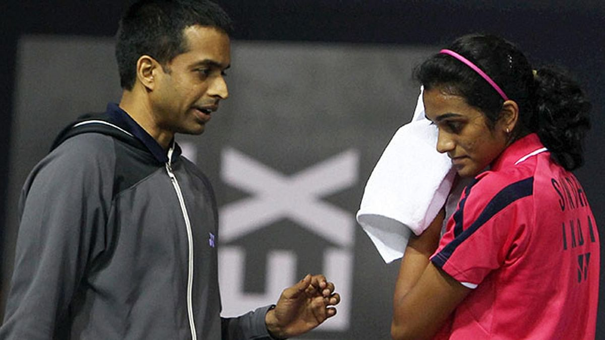 File photo of Pullela Gopichand (L) and PV Sindhu (R).