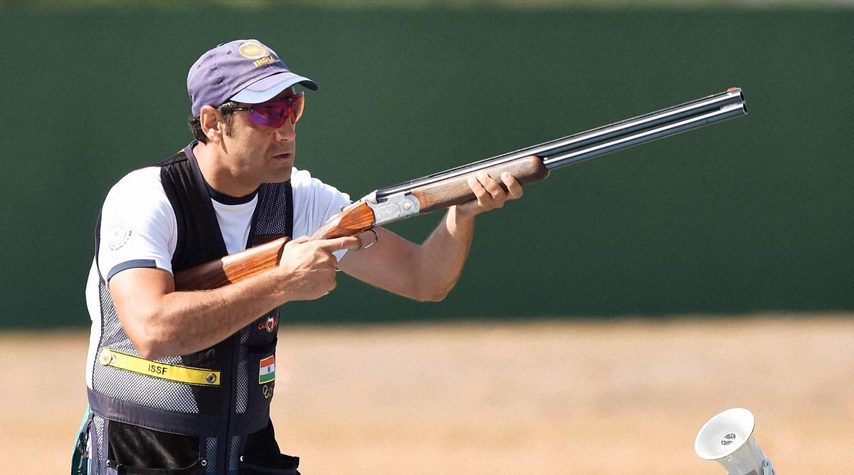 Indian shooter Miraz Ahmad Khan competes during the Skeet Mens qualifying round Day 2 at the 2016 Summer Olympic(Photo: PTI)