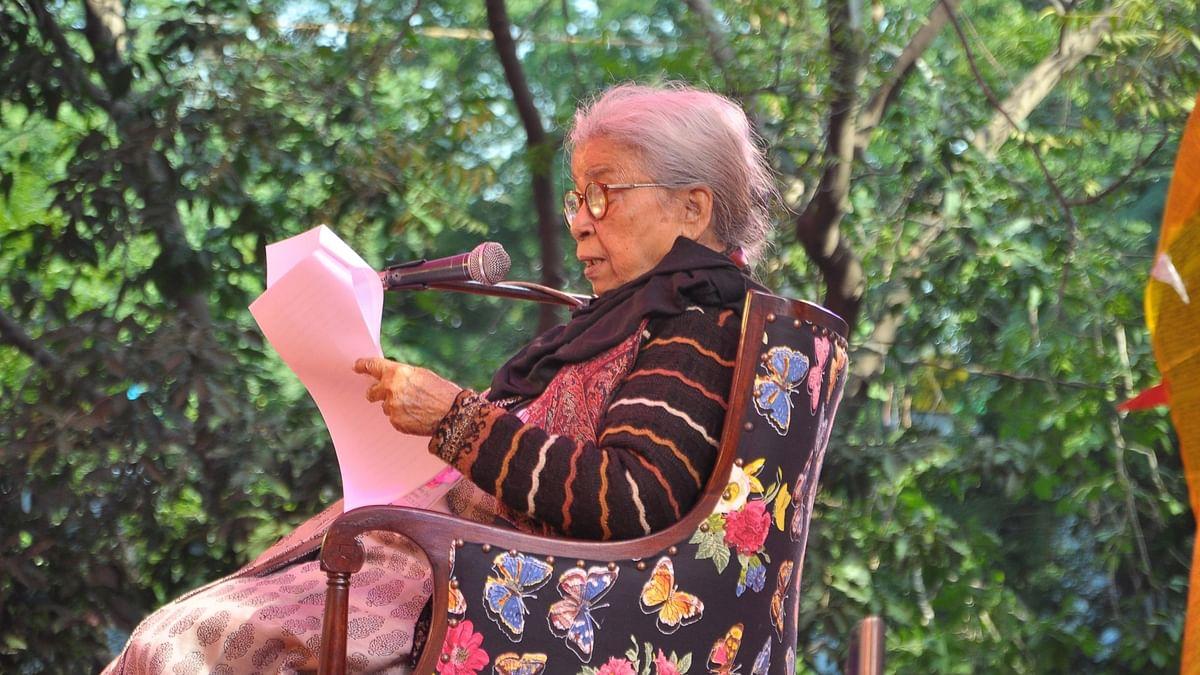 Eminent writer and social activist Mahasweta Devi (90) passed away following prolonged illness in Kolkata on 28 July 2016.