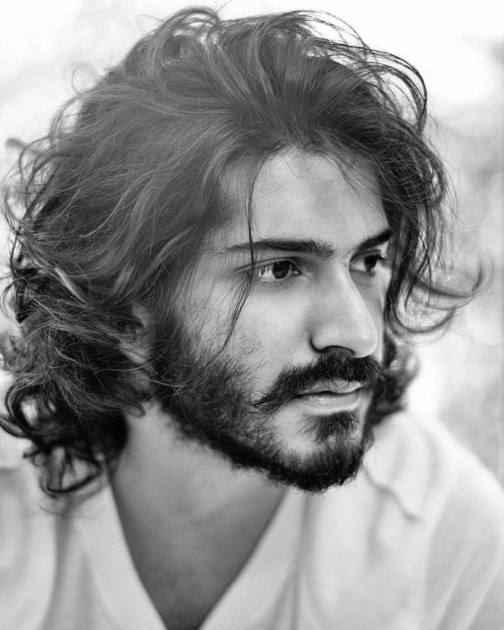 Harshavardhan dotes on his two sisters Rhea and Sonam and has their names tattooed on his back. (Photo courtesy: Subhash K Jha)